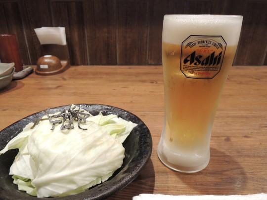ビール「生中 スーパードライ」(214.92円)+お通し(324円)