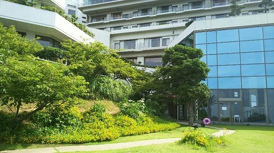 旅館の中庭