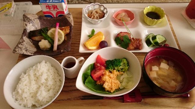 今日の朝ごはん和食