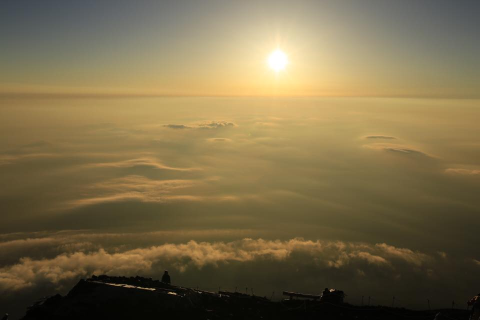 2016-08-06_富士山頂上