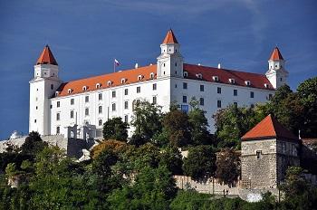 ブラチスラバ城 Wikipedia