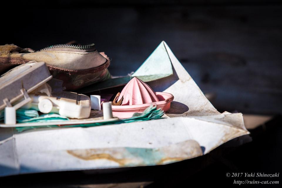 【廃墟写真】滝ノ上原野の廃屋群_レモン絞り器