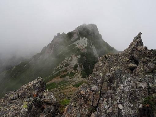 東峰から見た西峰