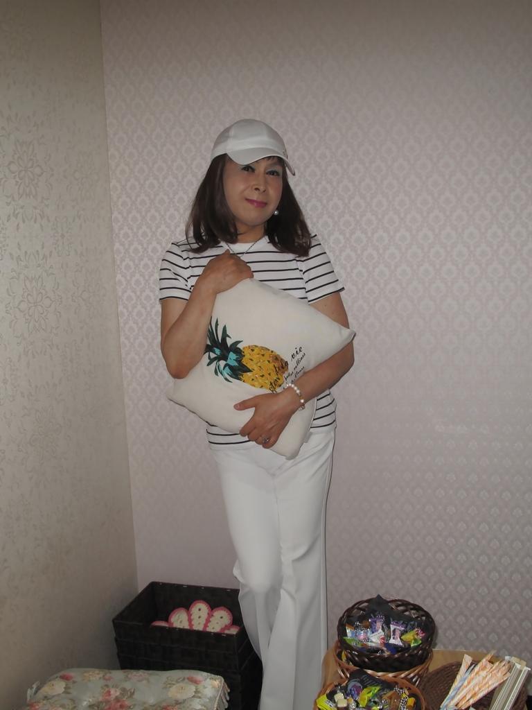 白パンツボーダーシャツカラオケ(3)