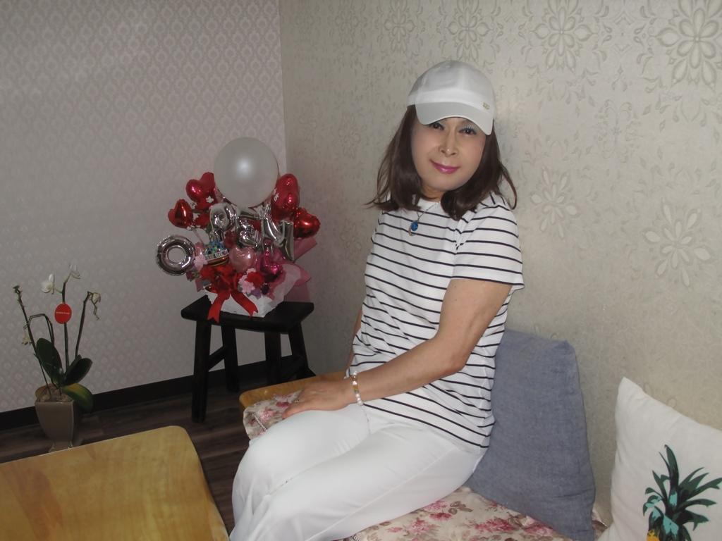 白パンツボーダーシャツカラオケ(6)