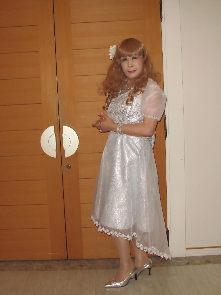 銀色のショートドレスB(1)