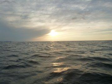 (2)波あり
