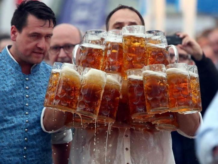 ビール運び新記録