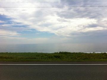 朝のオホーツク海