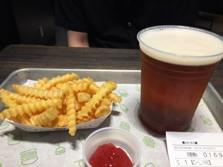 SHAKE SHACKでShackMeister Ale & Small FrenchFries