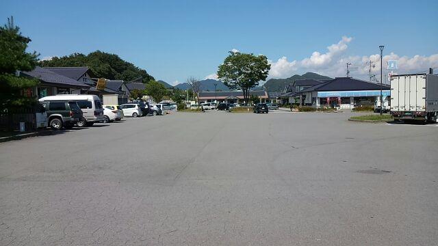 駐車場の敷地は広い2017マルメロ