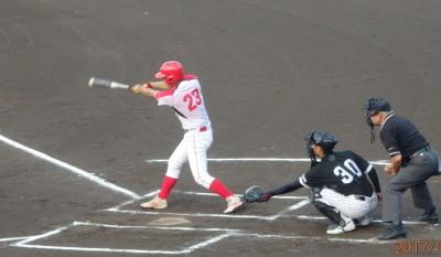 P72844621回裏H・プラン無死二塁から2番の左越え二塁打で1点先制