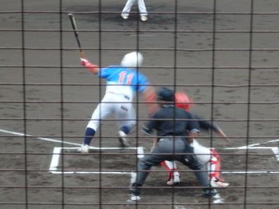 P9045803炭焼きよた1回表1死三塁から3番が左前に先制打を放つ