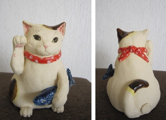 鮭を持った招き猫#すず音窯#陶芸家めいこ#猫置物