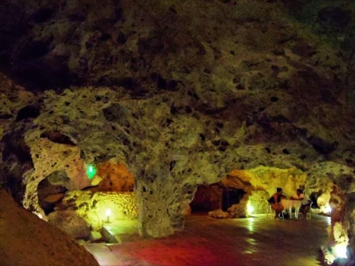 洞窟バー (6)