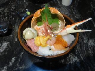 日本海さかな街海鮮丼