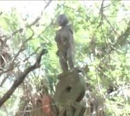 マダガスカルの古代の女性像