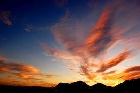 四季の中で一番美しい秋夕焼けです。