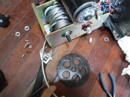 ポータブルウインチ修理 (12)