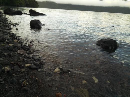 中禅寺湖で朝が来た (8)