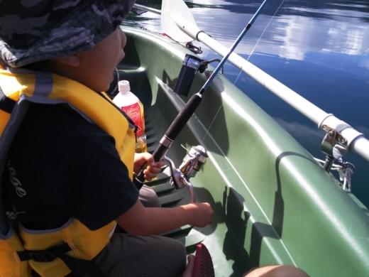 中禅寺湖でボート (9)