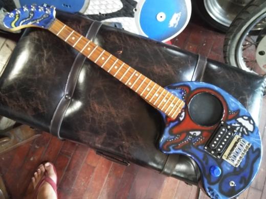 ぞうさんギター完成 (15)