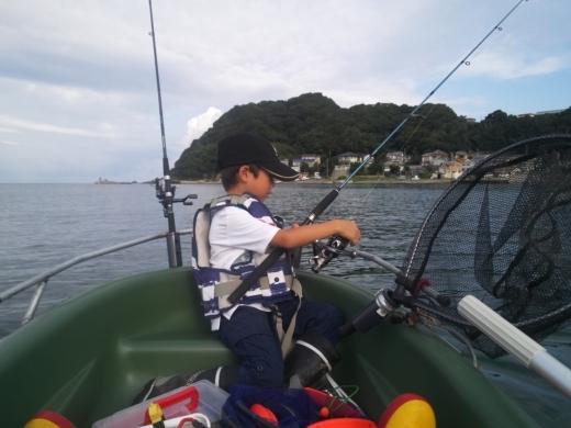 冨浦漁港で釣り (25)