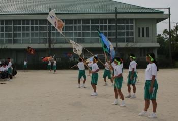 IMG_1523旗を振る-2