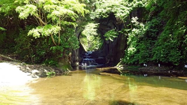 25濃溝の滝と渕