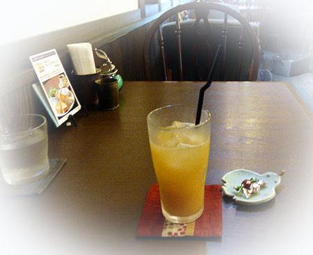 cafeあしびすりおろしリンゴジュース