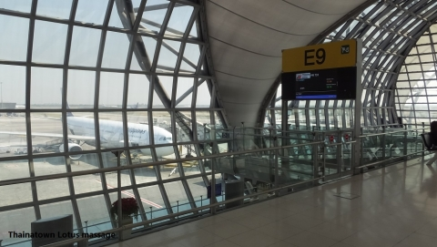 Suvarnabhumi International Airport→Ninoy Aquino International Airport