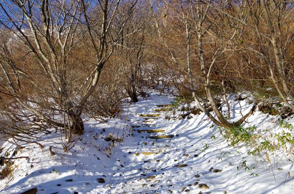 茶臼岳と南月山05