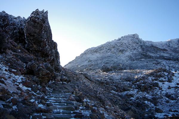 茶臼岳と南月山13