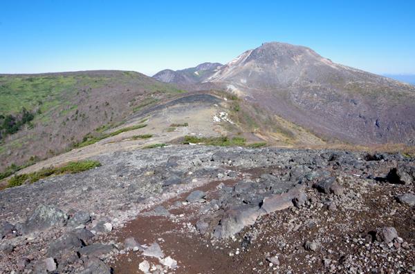 茶臼岳と南月山43