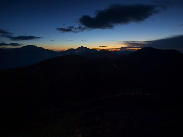 s01小屋脇から見る朝焼け6