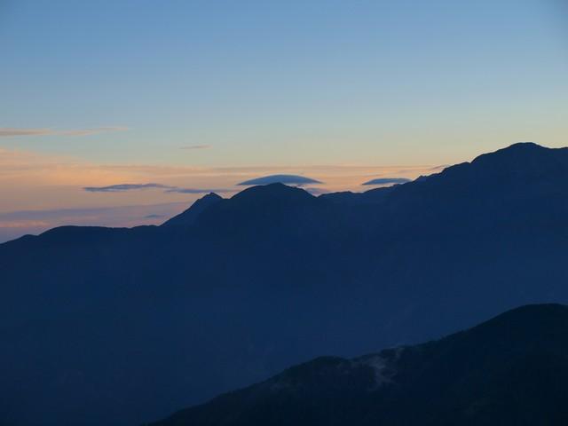s04イザルヶ岳山頂8