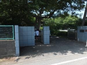 新井城/東大施設入口