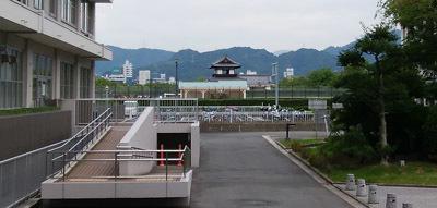合間に広島城