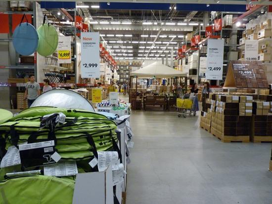 神戸IKEA店内