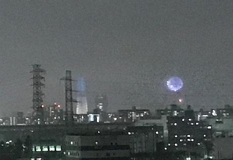 隅田川花火遠い