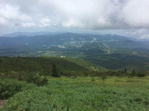菅平高原を見下ろす