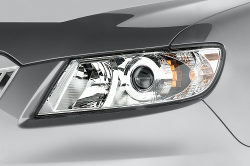 2013-subaru-tribeca-3_6-r-limited-suv-headlight.jpg