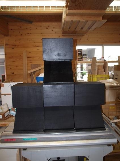 P9090010 ブラックボックス4台