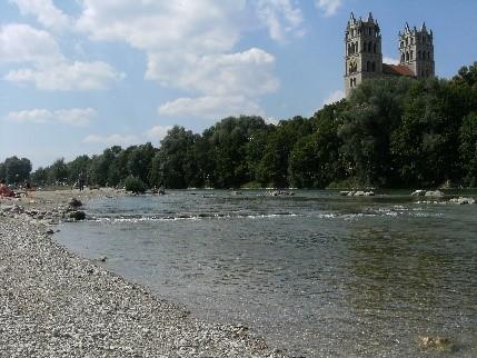 8-22イーザル河