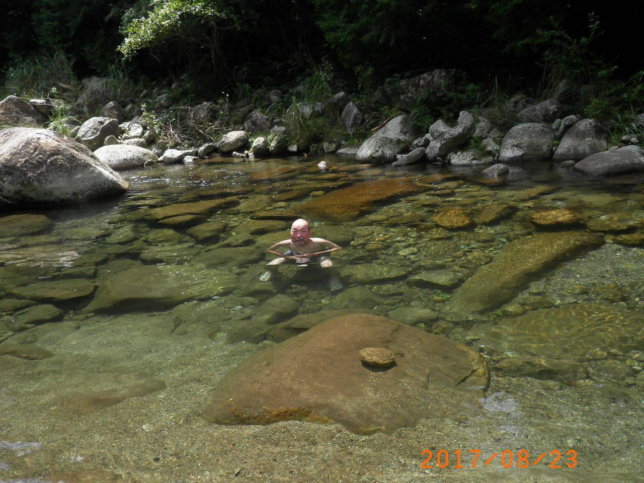 川浸かり110