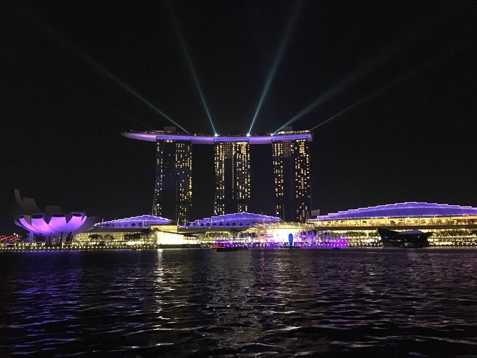 Singapore100.jpg