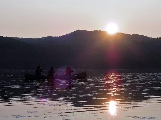 塘路湖カヌー