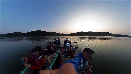 塘路湖カヌー風景