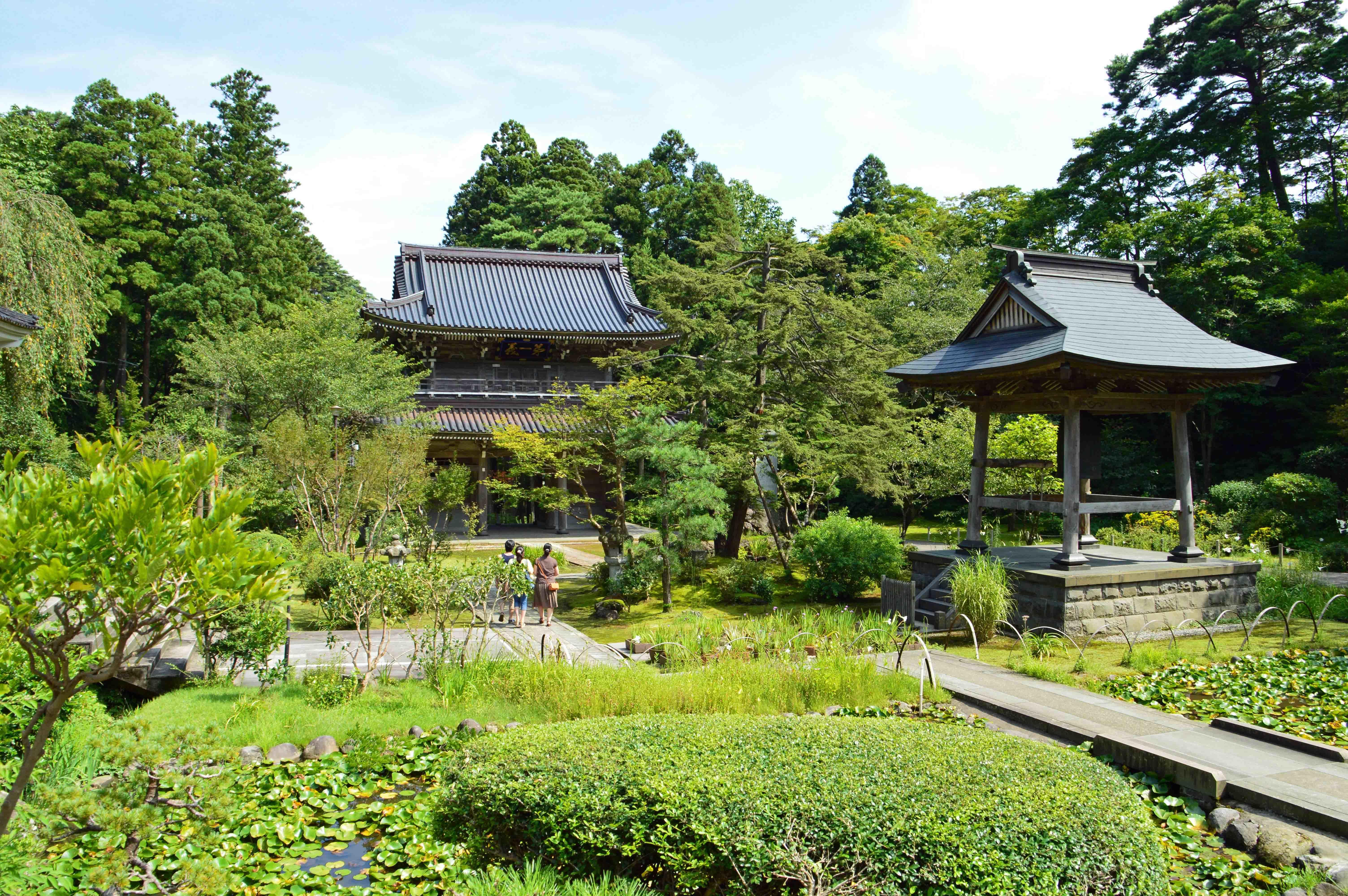 春日山林泉寺 庭園