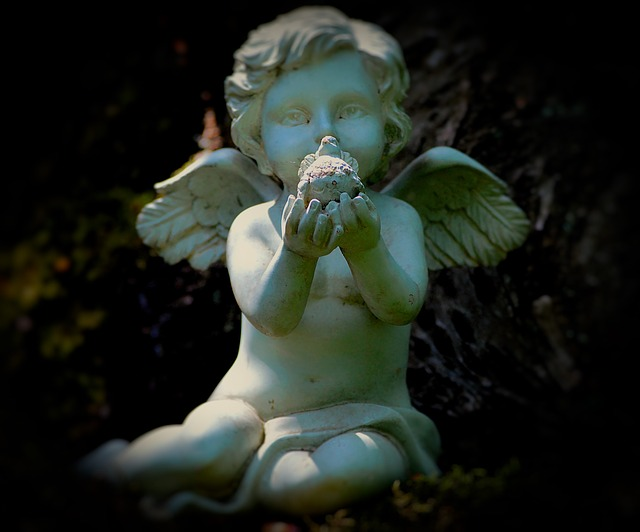 angel-2432632_640.jpg